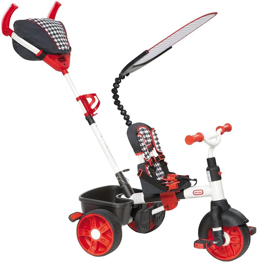 Le tricycle Little Tikes 4 en 1 possède un porte-bouteille.