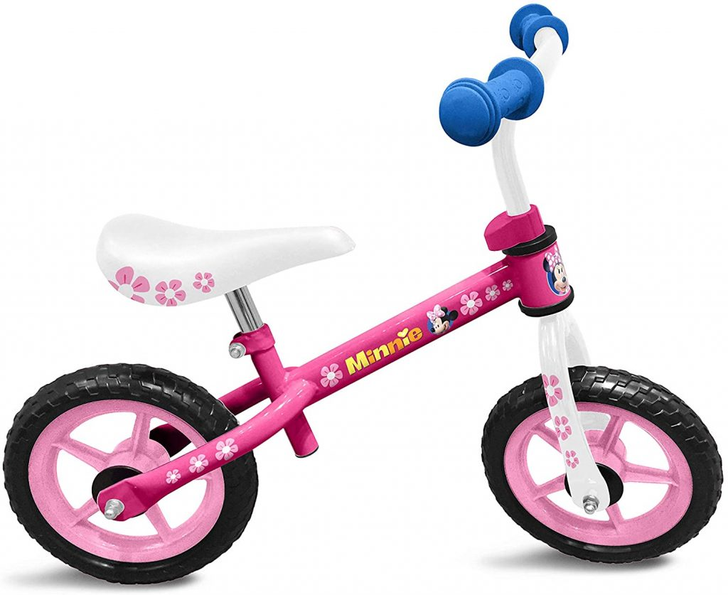 Cette draisienne 2 ans Minnie est principalement de couleur rose.