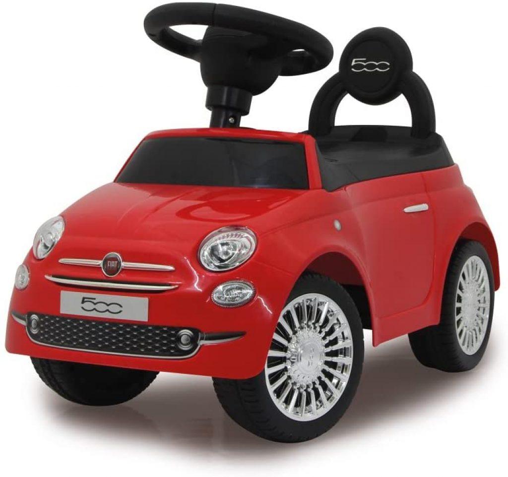 Ce porteur voiture Fiat 500 est de couleur rouge.