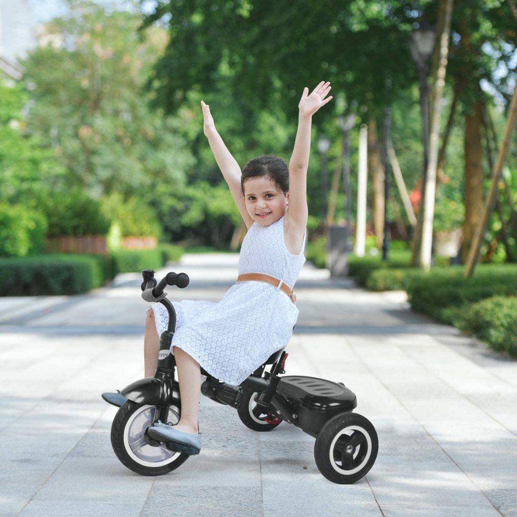 Le tricycle enfant Besrey évolue avec votre bambin.